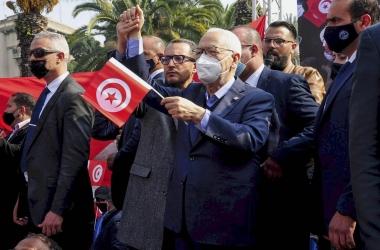 خان يخون إخوان| أدلة جديدة تورط حركة النهضة مع لوبي أجنبي للضغط على تونس