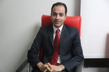 أستاذ تمويل واستثمار: الدولة المصرية تغير من شكلها