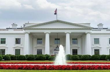البيت الأبيض: لا تزال هناك فرصة لحل القضية النووية الإيرانية دبلوماسياً