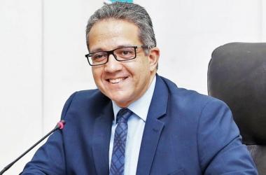 وزير السياحة: 74 جنسية يمكنها الحصول علي التأشيرة السياحية لمصر إلكترونياً