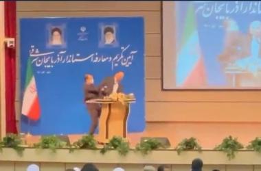 صفع محافظ إيراني على الهواء مباشرة