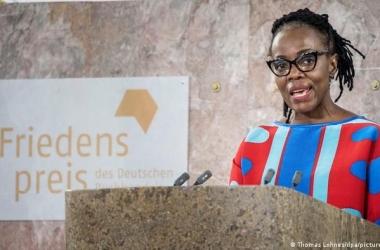 جائزة السلام الألمانية للكتاب تذهب للزيمبابوية  دانجاريمبجا