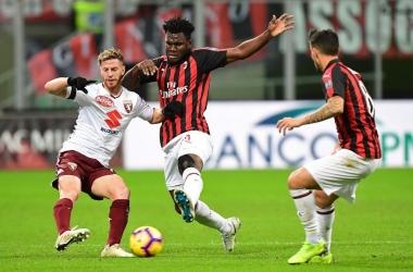 الدوري الإيطالي| ميلان يصطدم بتورينو.. وسبيزيا أمام جنوى